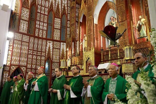 Toàn văn bài chia sẻ của Đức Ông Antoine Camilleri, trưởng phái đoàn ngoại giao Tòa Thánh tại nhà thờ Chính Tòa Hà Nội