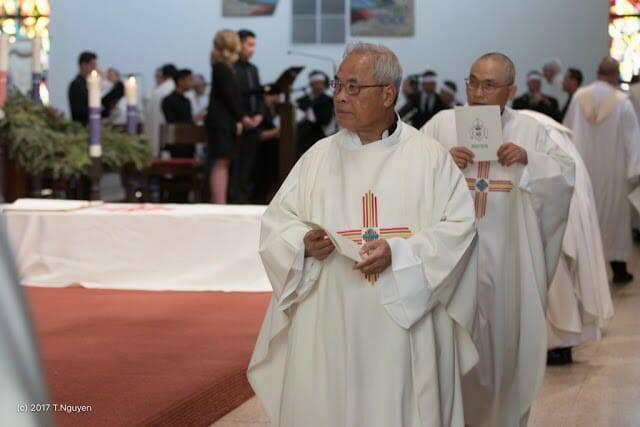 Hình ảnh thánh lễ an táng Đức Cha Dominicô Mai Thanh Lương