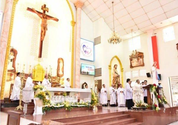 Giáo xứ Mân Côi Bình Thuận: Đón cha tân chánh xứ