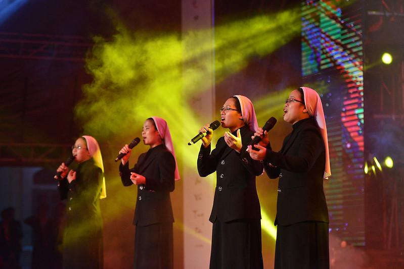 Đêm diễn nguyện mừng 350 năm thành lập Dòng Mến Thánh Giá Hà Nội
