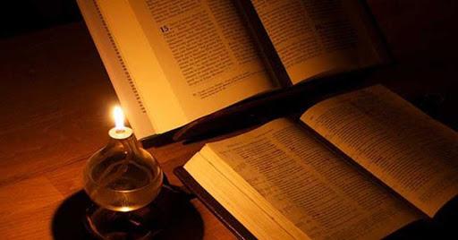 Lectio Divina: đọc Lời Chúa trong tư thế cầu nguyện