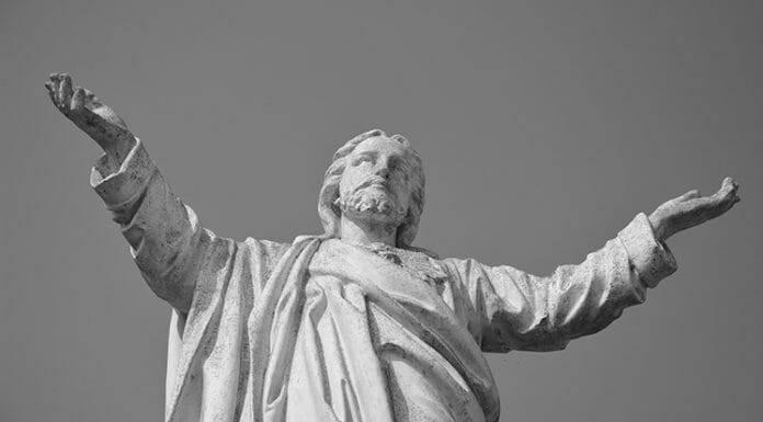 Vì sao chúng ta gọi Chúa Kitô là vua?