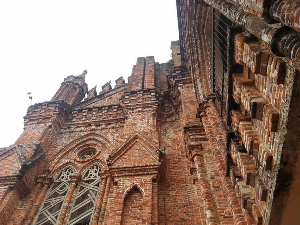 Toàn cảnh nhà thờ Châu Sơn - Ninh Bình