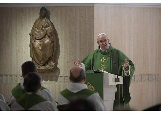 """Đức Giáo Hoàng Phanxicô """"Người nữ đem lại sự hòa hợp để thế giới tươi đẹp"""""""