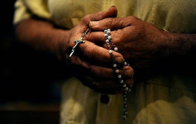 Phép Lạ Của Đức Mẹ Maria Qua Tràng Hạt Mân Côi