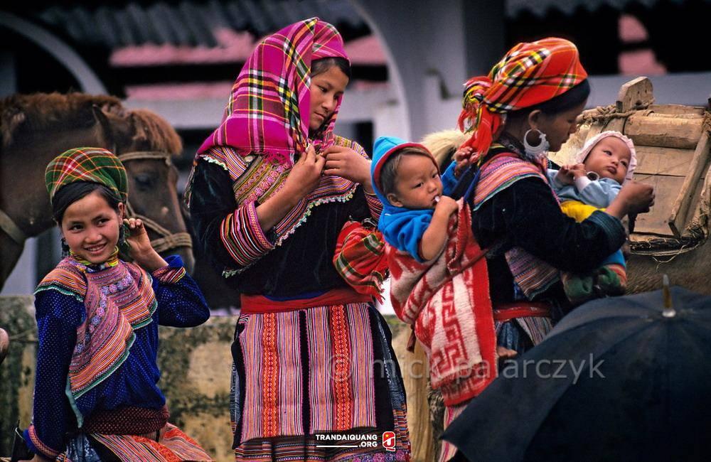 Một người Hmong trở về với Chúa!