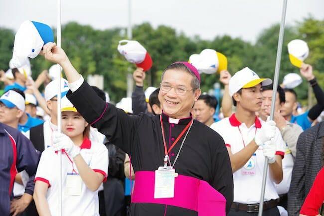 Dân tộc Việt Nam phải biết ơn những đóng góp của người Công giáo!?