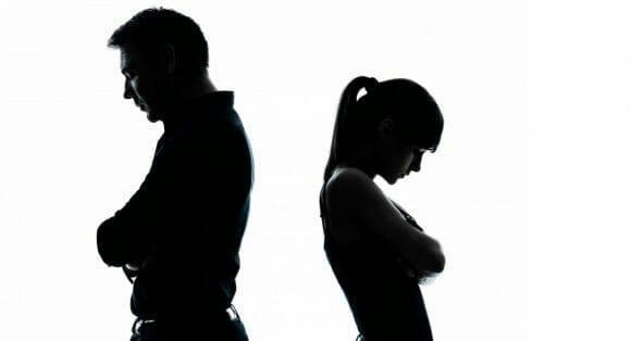 Quyết định cưới khi bố mẹ không đồng ý thì sao?
