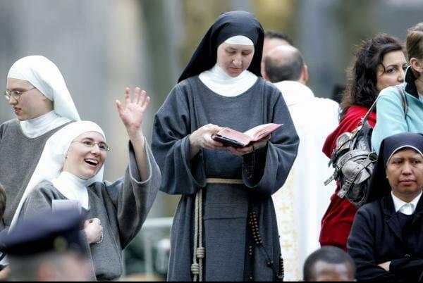 Mười câu bạn không nên bao giờ nói với một nữ tu