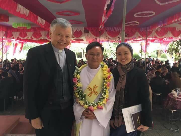 Mừng thầy tân Phó Tế đã có Gia Đình tại Giáo xứ Loan lý – tổng Giáo Phận Huế