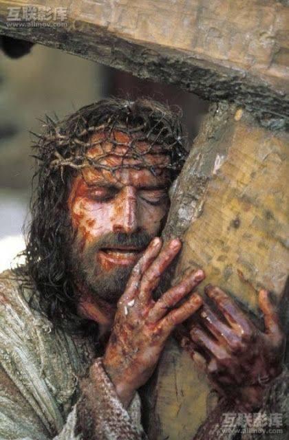 Tại sao lại che đi tượng thánh ảnh thờ trong hai tuần cuối cùng Mùa Chay?