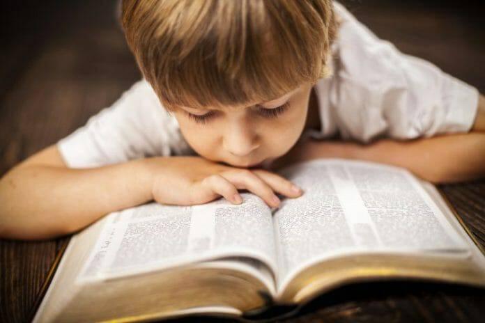 Làm sao đọc Thánh Kinh mà không chán?