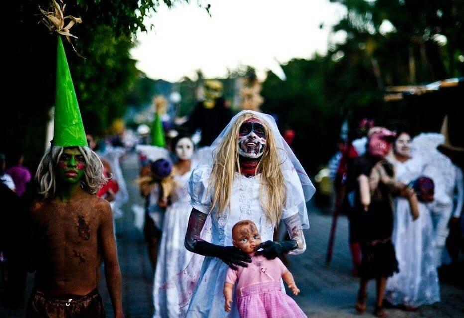 Trang phục Halloween có thể tạo ra ma quỷ và bị ma quỷ ám…