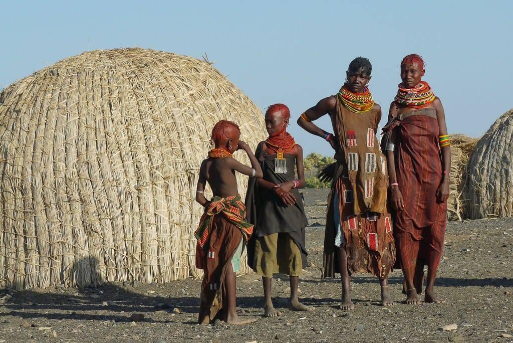 Thánh lễ đặc biệt ở gốc cây keo Kenya