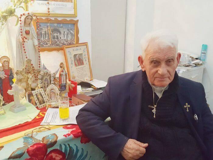 Kết quả hình ảnh cho Linh mục Ernest Simoni