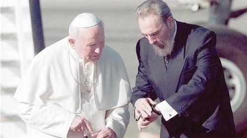 PHÉP LẠ CHRISTMAS Ở CUBA: LÀM SAO ĐỨC GIÁO HOÀNG GIOAN PHAO LÔ II ĐÃ KHIẾN FIDEL CASTRO PHẢI ĐỔI Ý ?