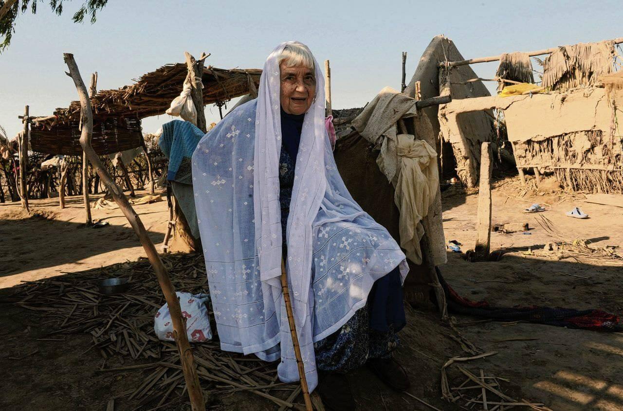 Pakistan đúc tiền xu tôn vinh nữ tu Công giáo