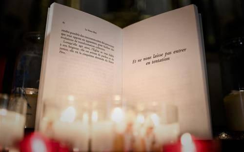 """Hàng Giám mục Đức quyết định không thay đổi """"Kinh Lạy Cha"""""""