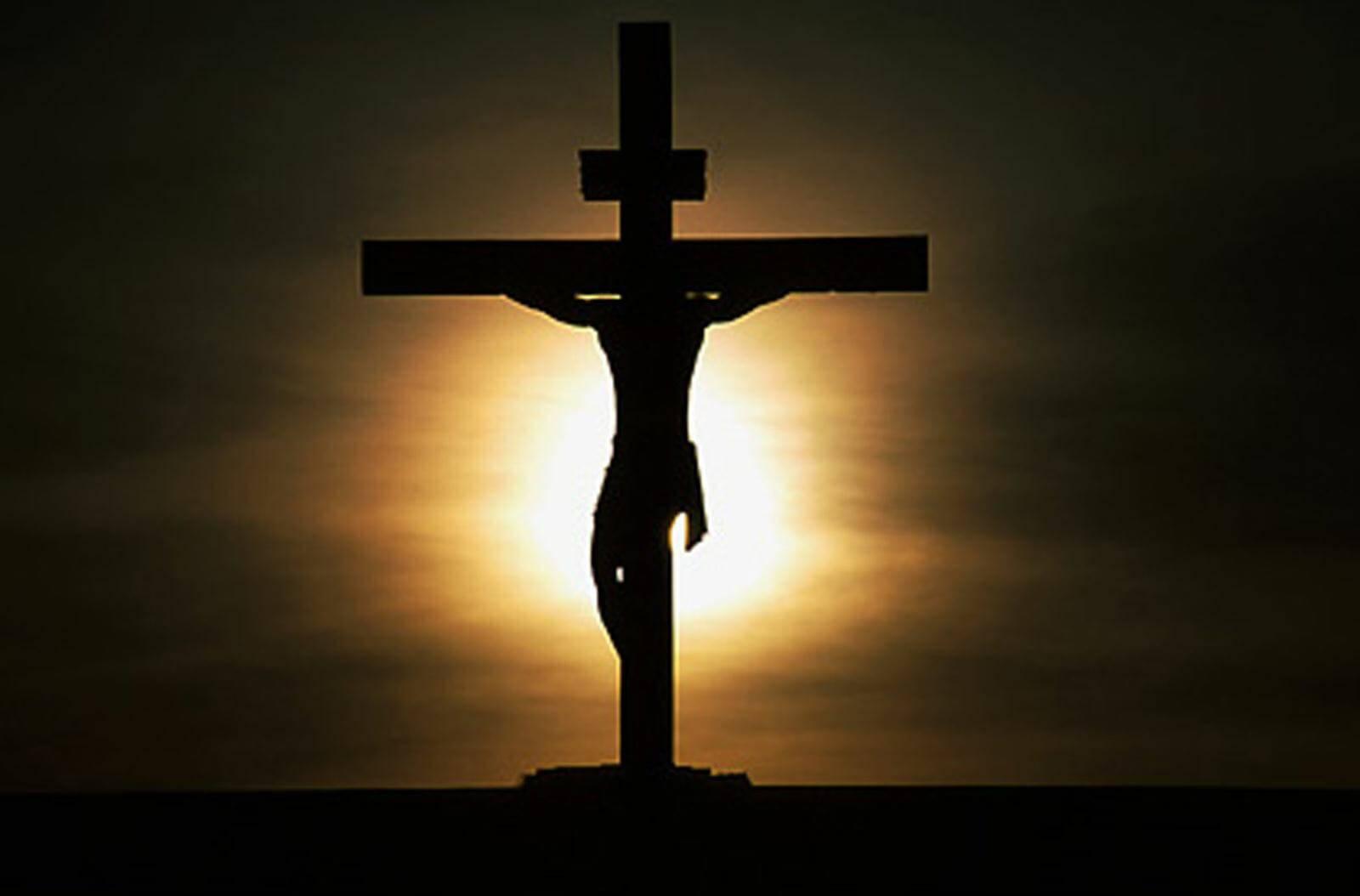 Gia đình là Công Giáo không đi lễ, đọc kinh mà đi chùa cúng bái…