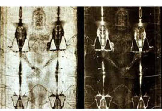 Tranh Cãi 'Ảnh Chúa Jesus' Trên Tấm Vải Liệm Thành Turin