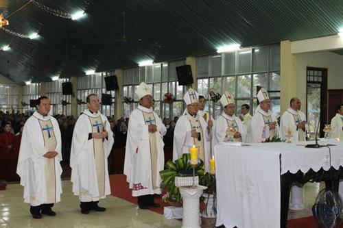 Việt Nam: Các bổ nhiệm khó khăn đã huy động phái đoàn Vatican đến Việt Nam